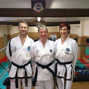 Frank, Grit und Anke nach Grit´s erfolgreich absolvierter Dan-Prüfung